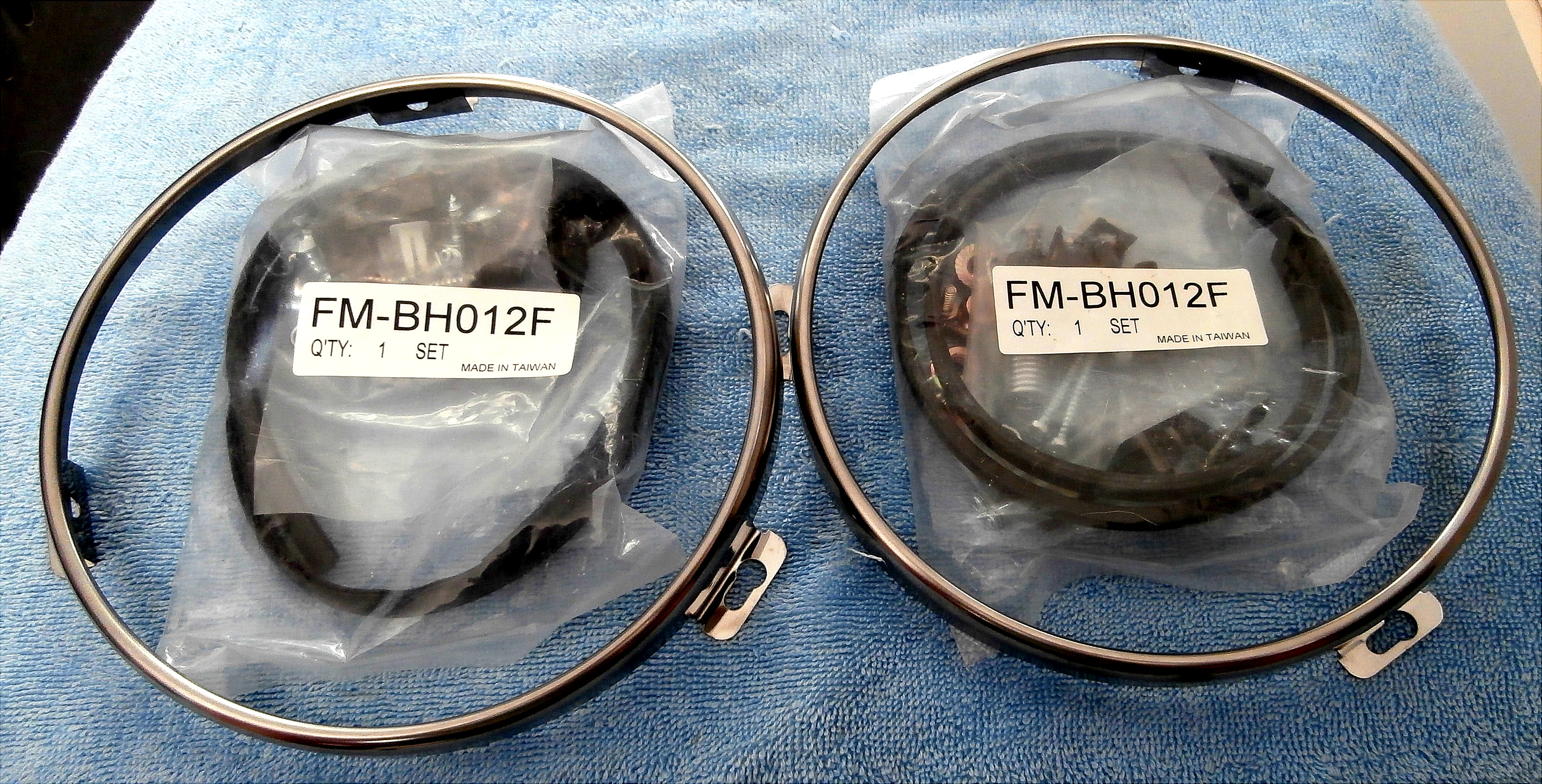1970 Ford Mustang Head Light Rings, and Assembly Hardware Kit